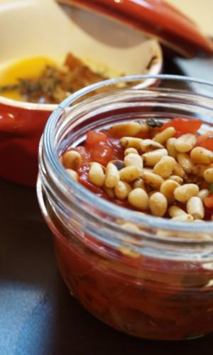 oeuf-cocotte-et-verrine-de-tomates